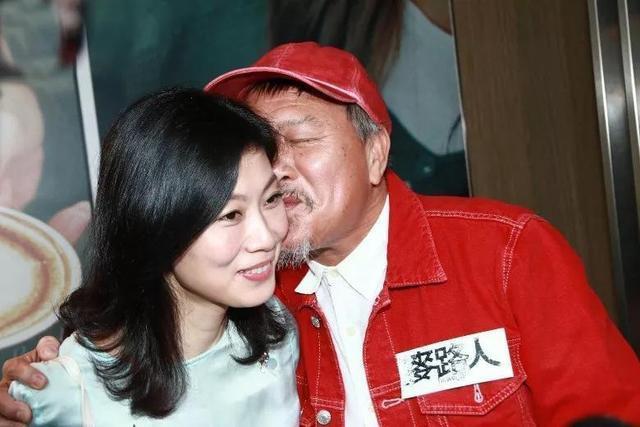 Đại ca Châu Tinh Trì: U70 bị bệnh tật hành hạ, may mắn có vợ đẹp kém 16 tuổi yêu thương - Ảnh 13.