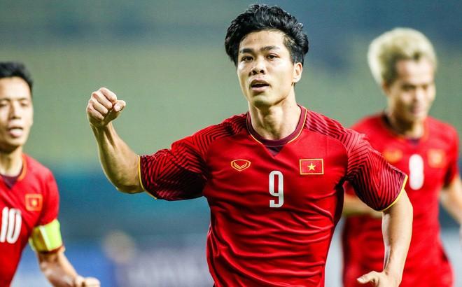 Bàn tay nắm chặt của Văn Quyết và những biểu cảm khiến CĐV nhớ mãi về U23 Việt Nam - Ảnh 5.