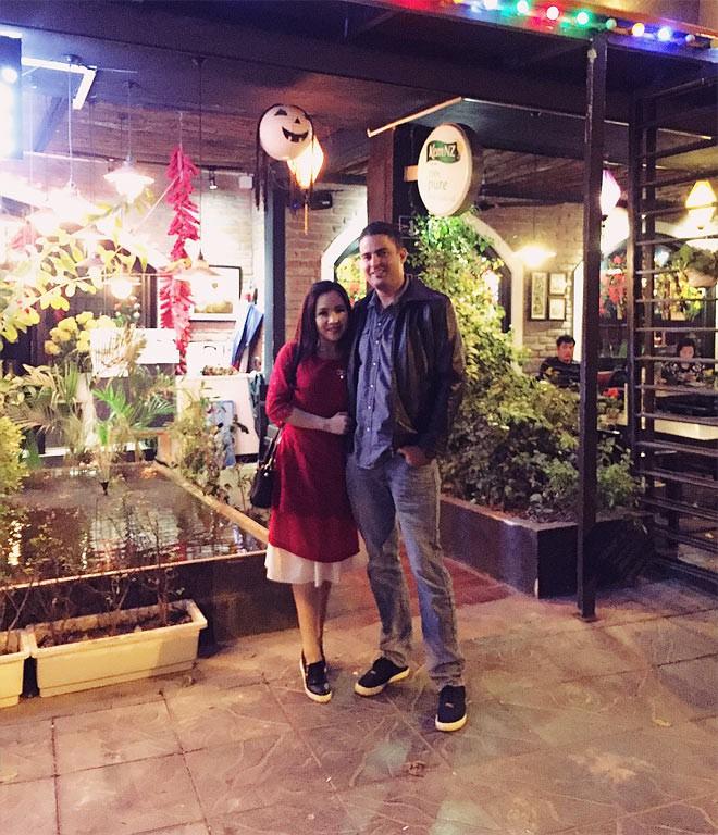 Chuyện tình thú vị của nữ diễn viên lùn nhất showbiz Việt và chàng Tây cao gần 2m - Ảnh 2.
