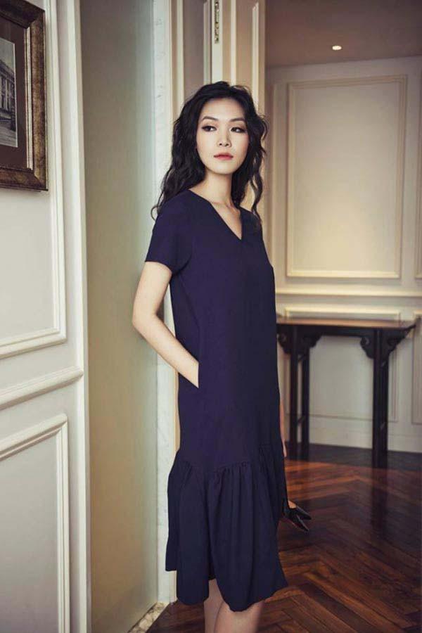 Mặt mộc và vẻ gợi cảm của Hoa hậu Việt Nam tuyên bố không phẫu thuật thẩm mỹ - Ảnh 12.