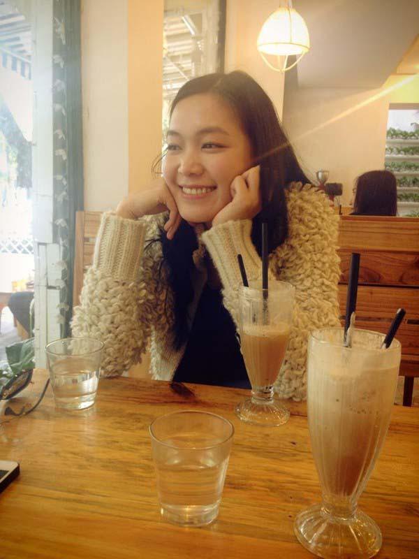 Mặt mộc và vẻ gợi cảm của Hoa hậu Việt Nam tuyên bố không phẫu thuật thẩm mỹ - Ảnh 6.
