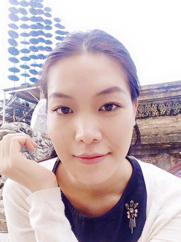 Mặt mộc và vẻ gợi cảm của Hoa hậu Việt Nam tuyên bố không phẫu thuật thẩm mỹ - Ảnh 7.