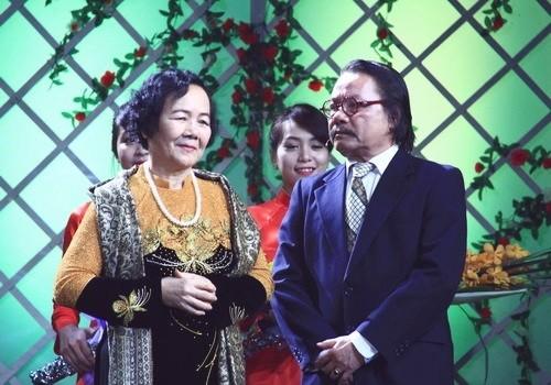 NSƯT Đức Lưu: Cảnh Chí Phèo lật yếm Thị Nở, chồng tôi bị hỏi vợ mày nhận bao nhiêu tiền đóng vai đó? - Ảnh 1.