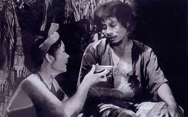 NSƯT Đức Lưu: Cảnh Chí Phèo lật yếm Thị Nở, chồng tôi bị hỏi vợ mày nhận bao nhiêu tiền đóng vai đó? - Ảnh 9.