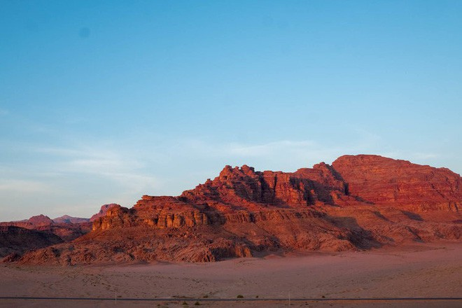Chiêm ngưỡng vẻ choáng ngợp của sa mạc từng xuất hiện trong các cảnh phim Star Wars và The Martian - Ảnh 11.