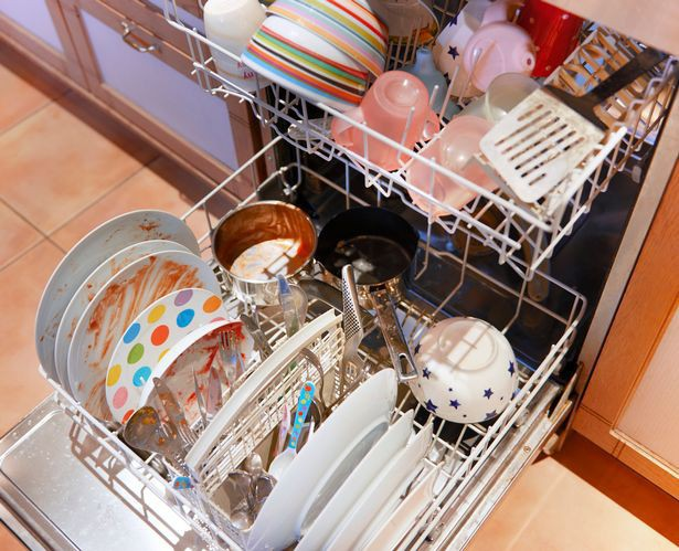 Lười vệ sinh 4 vật dụng này trong nhà bếp chính là chúng ta đang tự giết gia đình mình - Ảnh 4.
