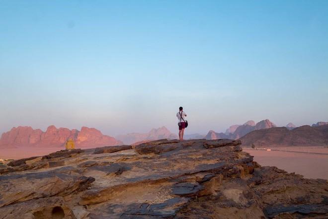 Chiêm ngưỡng vẻ choáng ngợp của sa mạc từng xuất hiện trong các cảnh phim Star Wars và The Martian - Ảnh 7.