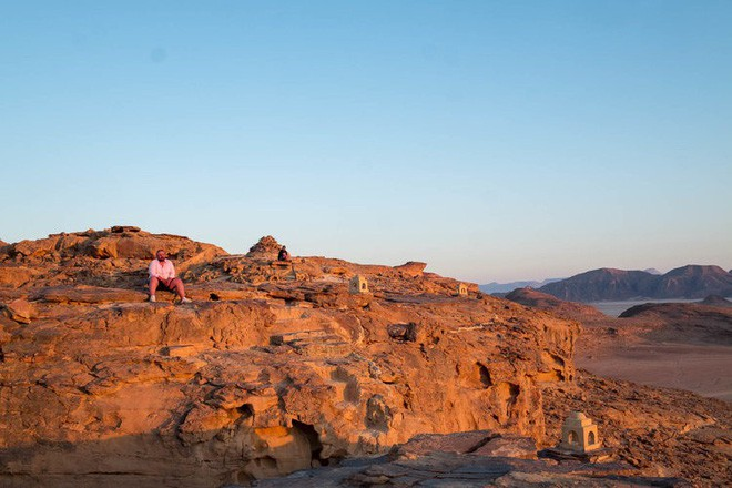Chiêm ngưỡng vẻ choáng ngợp của sa mạc từng xuất hiện trong các cảnh phim Star Wars và The Martian - Ảnh 10.