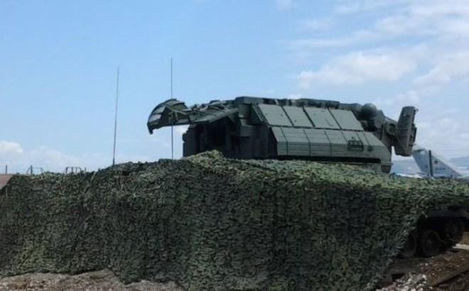 Tên lửa S-300 mini có mặt ở Syria: Nga chở củi về rừng hay điều quân chiến lược? - Ảnh 1.