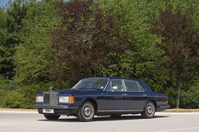 Hoàng gia Anh rao phân phối bộ sưu tập siêu xe hãng Rolls-Royce đắt giá - Ảnh 5.