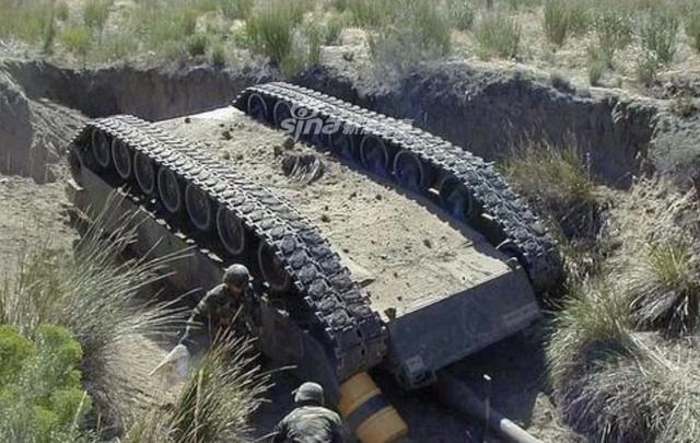 [ẢNH] Những sự cố hy hữu xảy ra với xe tăng chiến đấu chủ lực - Ảnh 8.