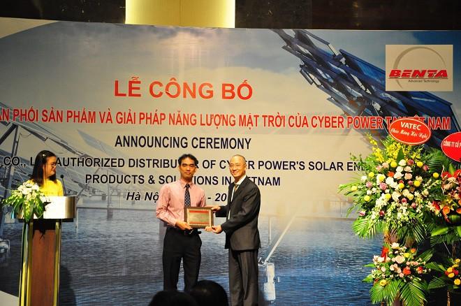Lộ diện nhà phân phối chính thức sản phẩm và giải pháp Năng lượng mặt trời của CyberPower tại Việt Nam - Ảnh 2.