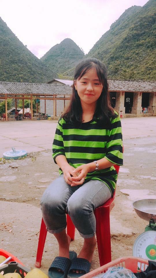 Bán hoa quả ở Hà Giang, cô gái 15 tuổi khiến chàng trai đòi làm rể, dân mạng nhận ra người quen cũ - Ảnh 6.