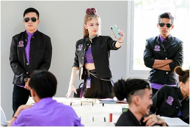 Trường Học Bá Vương đạo nhái phim Châu Tinh Trì, để lọt nhiều sạn ngớ ngẩn? - Ảnh 6.