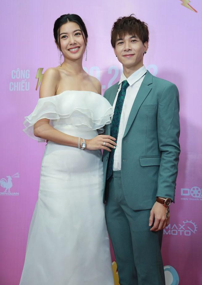 Thúy Vân mặc quyến rũ, tiết lộ đóng vai gái ế sau khi chia tay bạn trai đại gia - Ảnh 3.