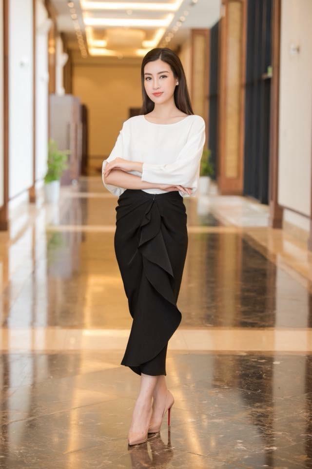 Hoa hậu Phương Lê liều lĩnh mặc đụng hàng Tăng Thanh Hà, Angela Phương Trinh - Ảnh 17.