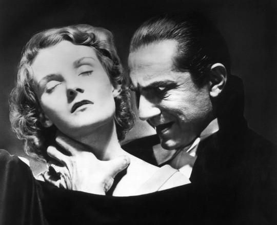 Kinh dị phương pháp đẩy lùi ung thư, bệnh tim kiểu… Dracula - Ảnh 1.