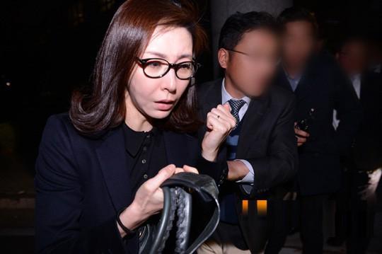 Cuộc sống trượt dài trong đau khổ của Á hậu Hàn Quốc vướng vòng lao lý vì bán dâm tiền tỷ - Ảnh 9.