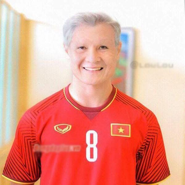 Chùm ảnh nhan sắc tuyển thủ U23 Việt Nam khi về già, ai cũng phong độ trừ Đức Chinh - Ảnh 2.