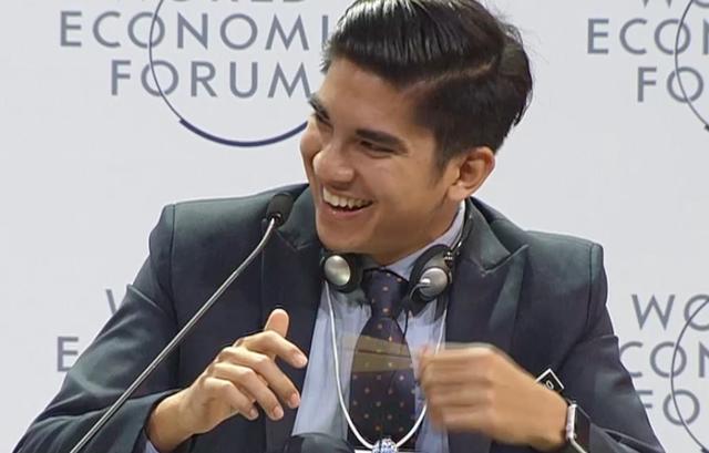 Câu hỏi của khách mua trẻ Việt Nam cho Google khiến Bộ trưởng Malaysia bật cười tán thưởng - Ảnh 5.