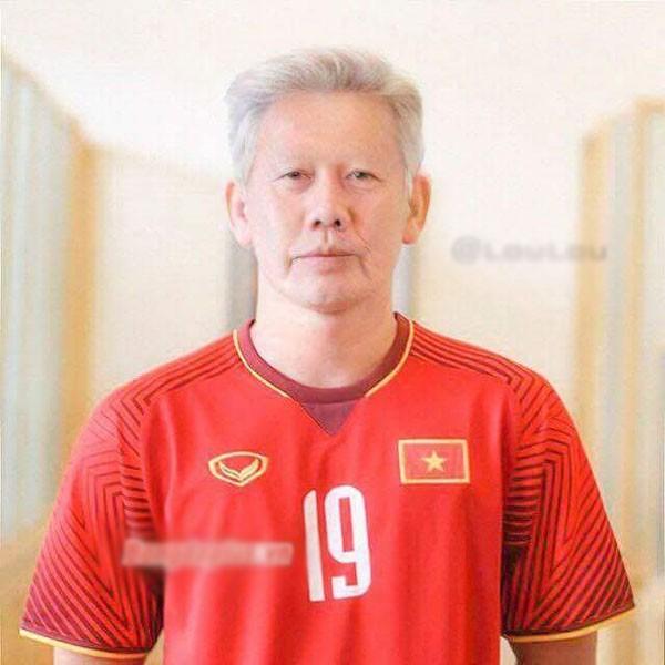 Chùm ảnh nhan sắc tuyển thủ U23 Việt Nam khi về già, ai cũng phong độ trừ Đức Chinh - Ảnh 10.