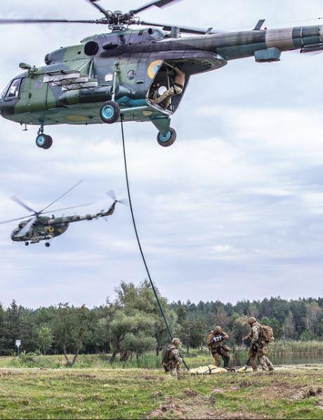 Thay đổi bất thường trong cuộc tập trận lớn nhất lịch sử Nga: Chuẩn bị đối đầu Mỹ-NATO? - Ảnh 3.