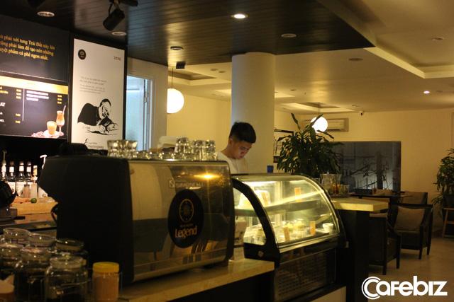 So găng King Coffee của bà Lê Hoàng Diệp Thảo và chuỗi Trung Nguyên Coffee ông Đặng Lê Nguyên Vũ từng gây dựng - Ảnh 17.