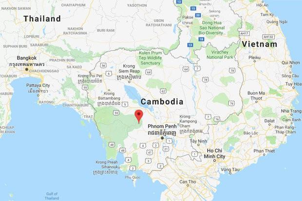 Bí ẩn máy bay gãy đuôi nghi MH370 trong rừng rậm Campuchia được giải mã - Ảnh 1.