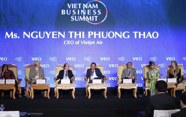 CEO Vietjet Nguyễn Thị Phương Thảo: Công nghệ không 1 vàih tân địa cầu mà là giấc mơ của con người - Ảnh 1.