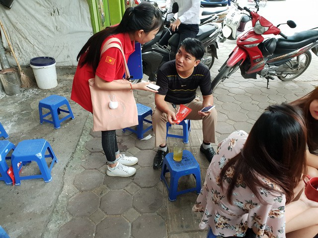 Chân ướt chân ráo tới Hà Nội, Go-Việt biểu hiện tham vọng vượt mặt Grab ngay từ quán trà đá - Ảnh 1.