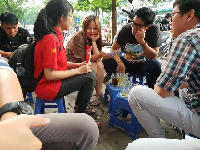 Chân ướt chân ráo tới Hà Nội, Go-Việt biểu hiện tham vọng vượt mặt Grab ngay từ quán trà đá - Ảnh 2.
