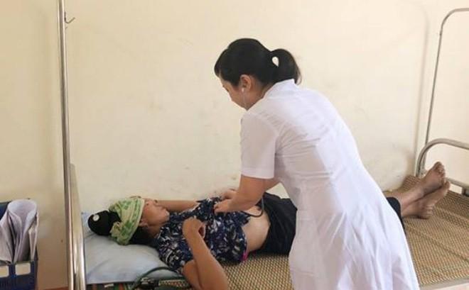 Vụ cả gia đình nghi ngộ độc ở Đà Nẵng: Mẹ chết sau 2 giờ điều trị, bé 3 tuổi tử vong trước khi nhập viện - Ảnh 3.