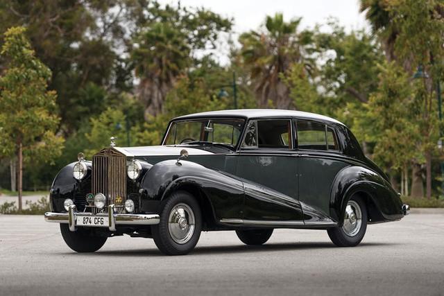 Đại gia rao bán cùng lúc 11 xe hãng Rolls-Royce, thương hiệu Bently, giá rẻ nhất từ 80.000 USD - Ảnh 7.