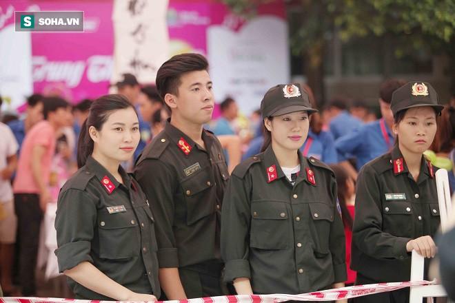 Mang Trung thu Hồng đến với gần 2000 chiến binh nhí - Ảnh 5.