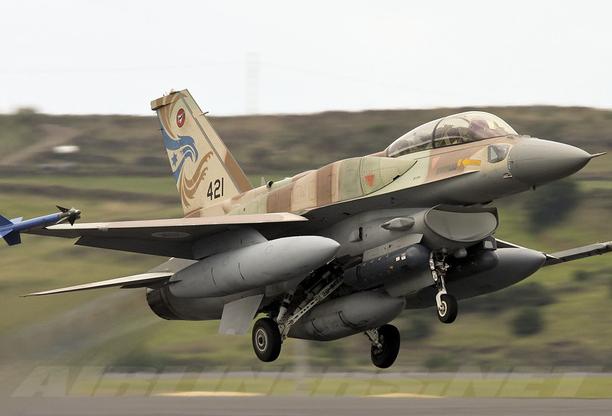 Israel tung đòn sấm sét khiến Syria choáng váng: F-16 hay F-35 đã đột nhập Damascus? - Ảnh 1.