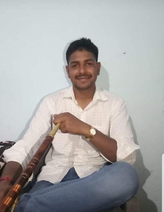 Vụ cưỡng bức rúng động Ấn Độ: Thiếu nữ bị 12 người đàn ông bắt cóc và hãm hiếp tập thể, không thể nói hay nuốt bất cứ thứ gì - Ảnh 2.