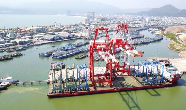 Chuyển hồ sơ đến Ủy ban Kiểm tra TƯ xem xét xử lý cán bộ ở thương vụ bán Cảng Quy Nhơn - Ảnh 1.