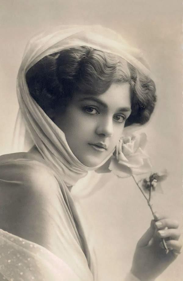 Những người phụ nữ đẹp nhất hơn 100 năm qua - có thể sẽ khiến bạn ngẩn ngơ! - Ảnh 7.