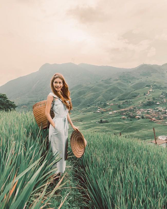 Công chúa tóc mây gốc Việt khoe ảnh du lịch toàn địa danh nổi tiếng ở Việt Nam, người thì xinh mà cảnh đẹp mê ly - Ảnh 3.