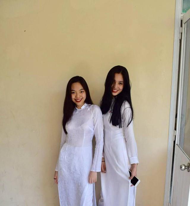 Hoa hậu và á hậu, ai mới là thiên thần áo trắng khi còn học cấp 3? - Ảnh 4.