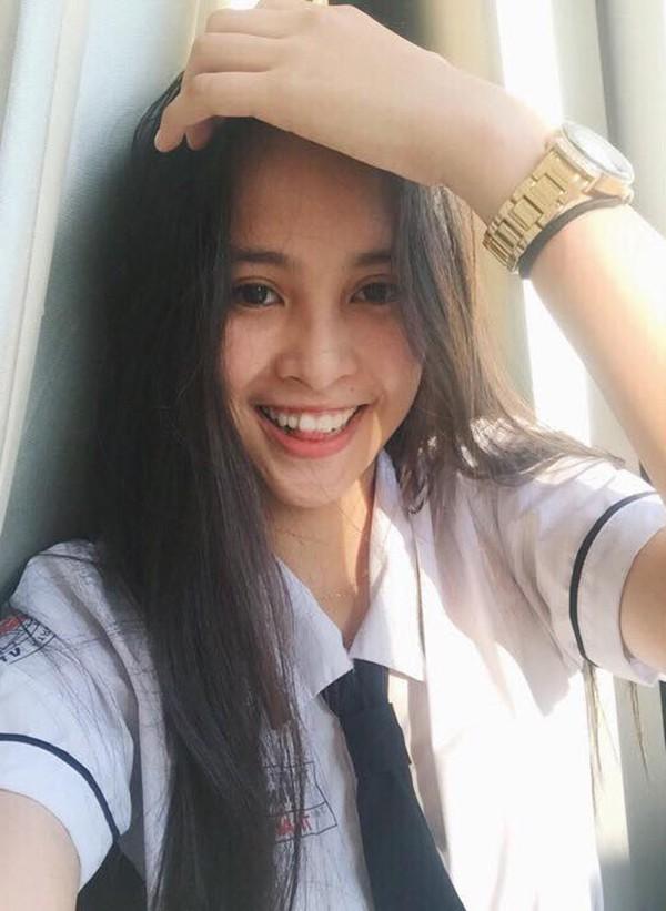 Loạt sao nổi tiếng học cùng một mái trường với Hoa hậu Việt Nam Trần Tiểu Vy - Ảnh 2.