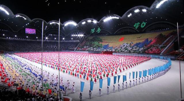 Khoảnh khắc lịch sử: Lần đầu tiên một Tổng thống Hàn Quốc phát biểu trước biển người Triều Tiên - Ảnh 10.