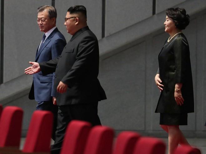 Khoảnh khắc đi vào lịch sử: Những sự kiện chưa từng có tiền lệ trong chuyến thăm Triều Tiên - Ảnh 10.