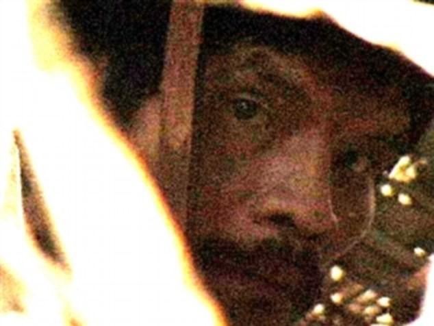 Người đàn ông sống sót cuối cùng của một bộ lạc - Ảnh 4.