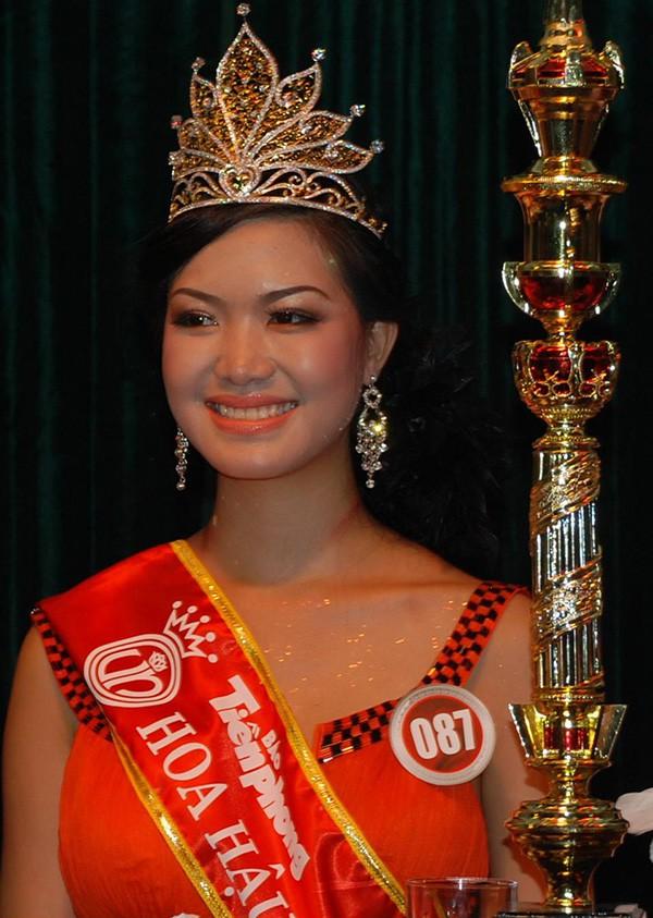 Đọ nhan sắc của 4 người đẹp đăng quang Hoa hậu Việt Nam năm 18 tuổi - Ảnh 10.