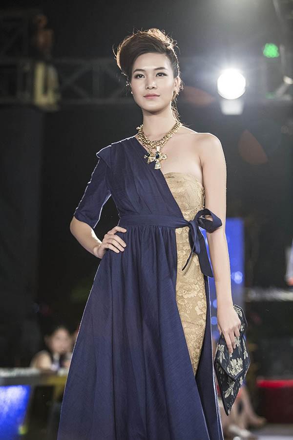 Đọ nhan sắc của 4 người đẹp đăng quang Hoa hậu Việt Nam năm 18 tuổi - Ảnh 11.