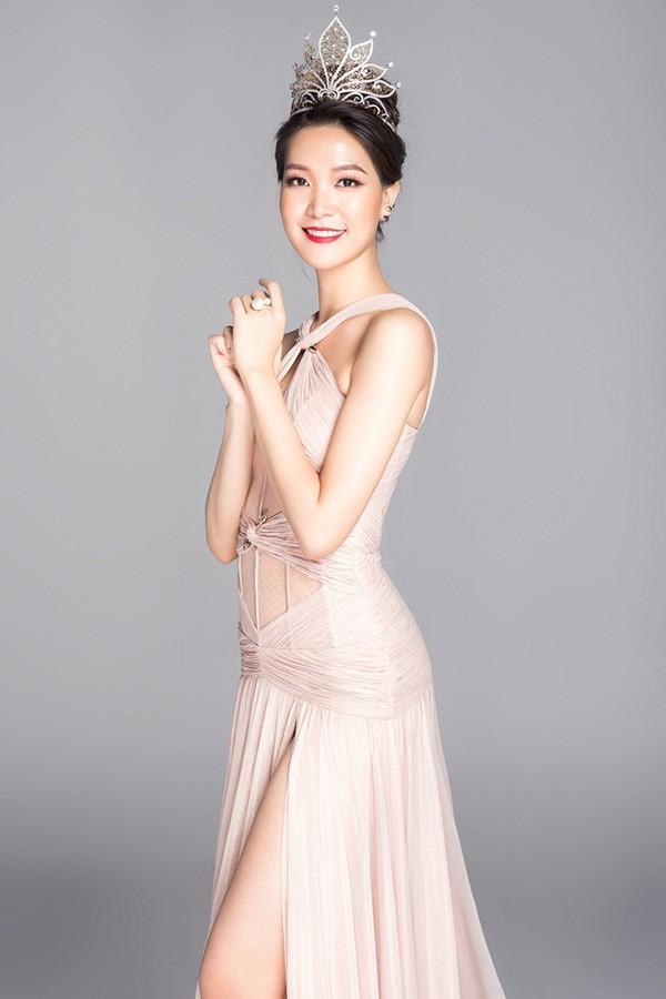 Đọ nhan sắc của 4 người đẹp đăng quang Hoa hậu Việt Nam năm 18 tuổi - Ảnh 12.