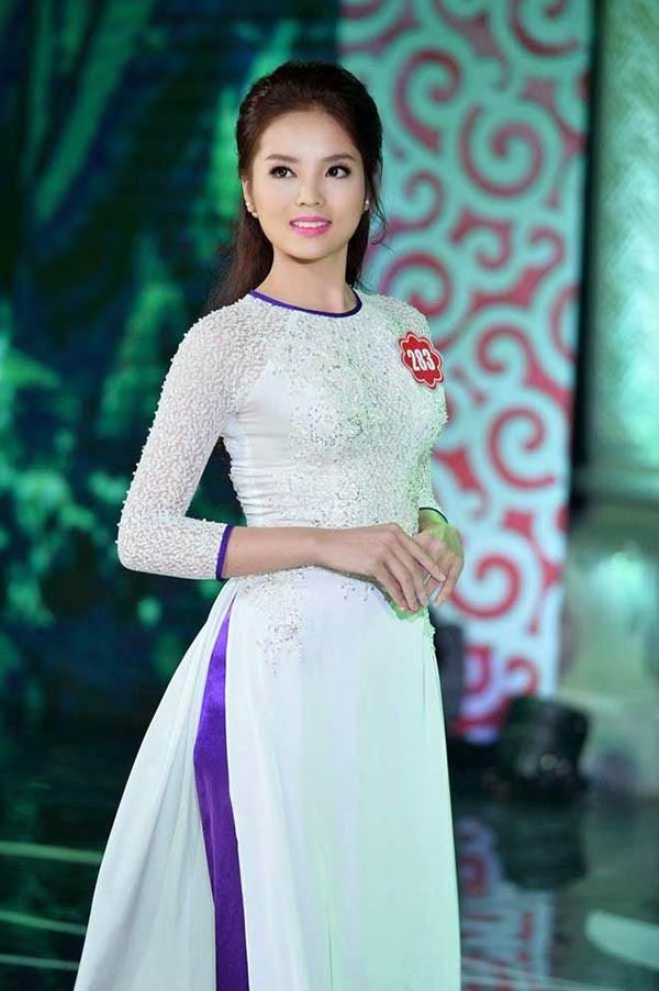 Đọ nhan sắc của 4 người đẹp đăng quang Hoa hậu Việt Nam năm 18 tuổi - Ảnh 14.