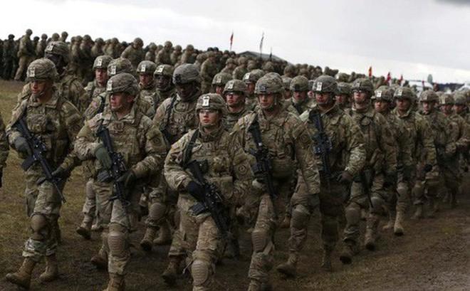 Mời Mỹ thiết lập căn cứ quân sự: Ba Lan thực hiện chiến lược lời chào cao hơn mâm cỗ? - Ảnh 1.