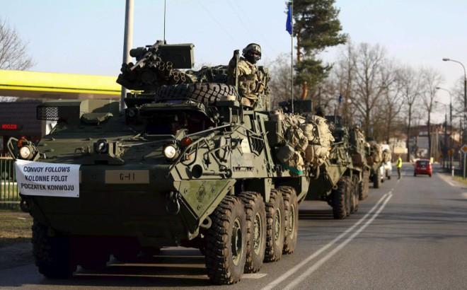 Mời Mỹ thiết lập căn cứ quân sự: Ba Lan thực hiện chiến lược lời chào cao hơn mâm cỗ? - Ảnh 2.